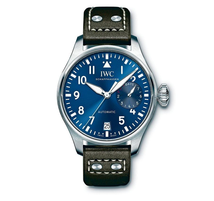 新表保持Big Pilot的飛行員腕表DNA,表身內有品牌著名的防磁軟鐵內殼。