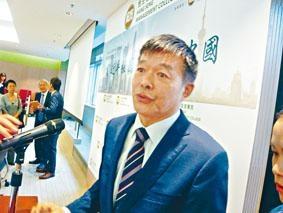 胡鞍鋼昨日在香港演講。