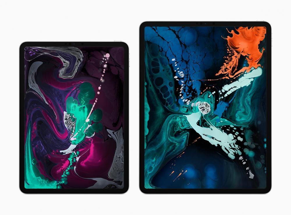 以全熒幕設計的新iPad Pro,備有11吋及12.9吋兩款尺寸。售價:$6,399起(11吋)、 $7,999起(12.9吋)