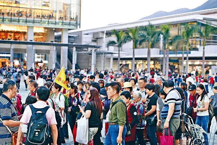■港府公布一連串新應對措施,相信可改善東涌大批旅客聚集情況。