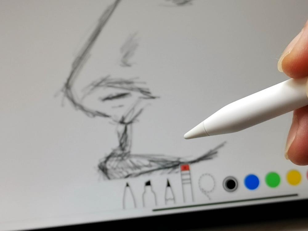 於第二代Apple Pencil筆桿連按兩下,即可轉換工具。售價:$999