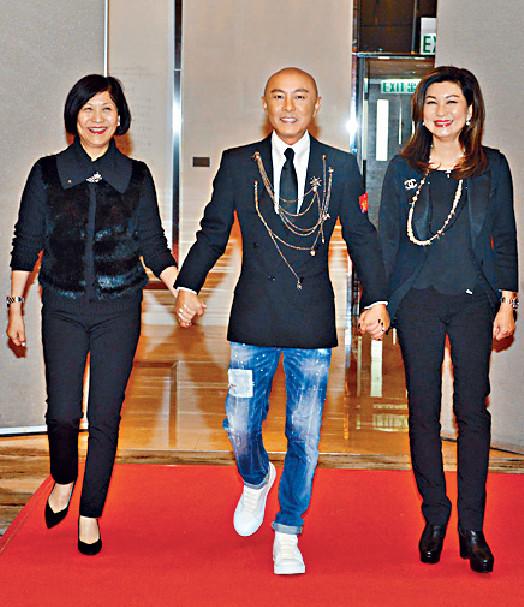 ■健仔在TVB兩大高層曾勵珍和樂易玲護航下宣佈返娘家。