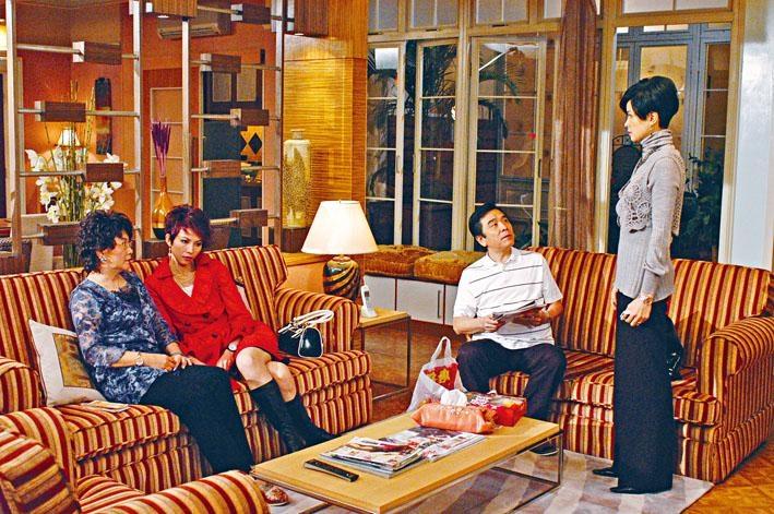 電視劇《珠光寶氣》早前重播,依然吸引不少觀眾追看。