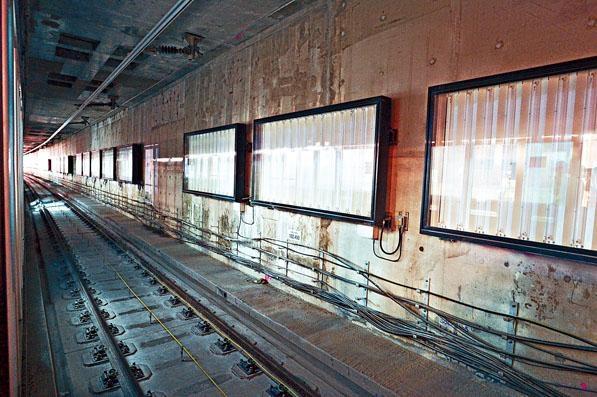 紅磡站內將有多處地點被鑿開,冀盡早檢出剪筋事件是否影響結構安全。
