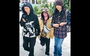 欠租被趕驚動警察  吳卓林獲母親接濟甩身