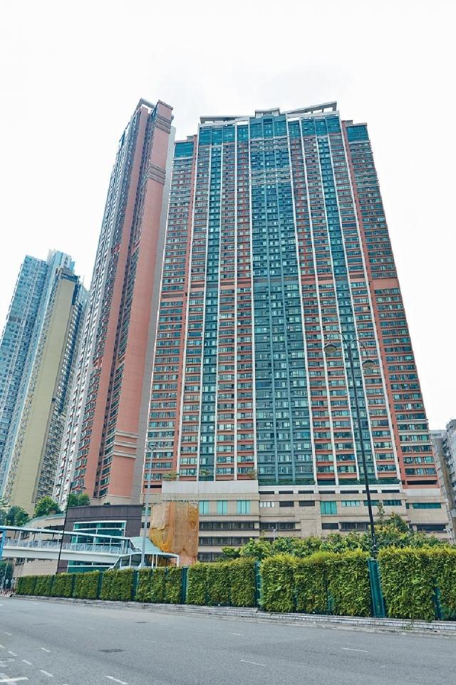 ■爵悅庭一個461方呎單位,議價後以710萬成交,呎價15401元。