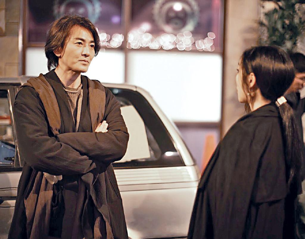 ■Kay讚伊健當日不論氣場、眼神都很切合神秘男子的角色。