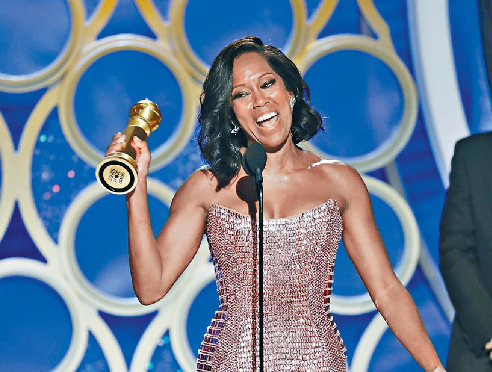 ■Regina King奪得女配角獎欣喜若狂。美聯社