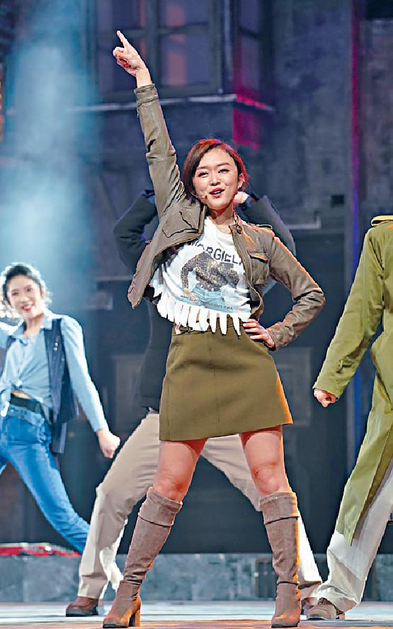 ■音樂劇《愛在星光里》中,陳明憙是唯一的香港藝人,載歌載舞表現獲讚。