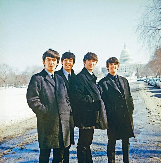 The Beatles寫的歌流傳至今,也將繼續流傳下去,他們的唱片仍然受到樂迷追捧。圖為《The Beatles:Eight Days A Week──走過披頭歲月》劇照。