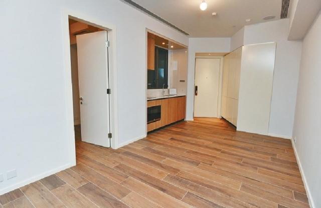 ■項目的587方呎2房戶,以2座7樓A室為藍本,大廳間隔亦見方正。