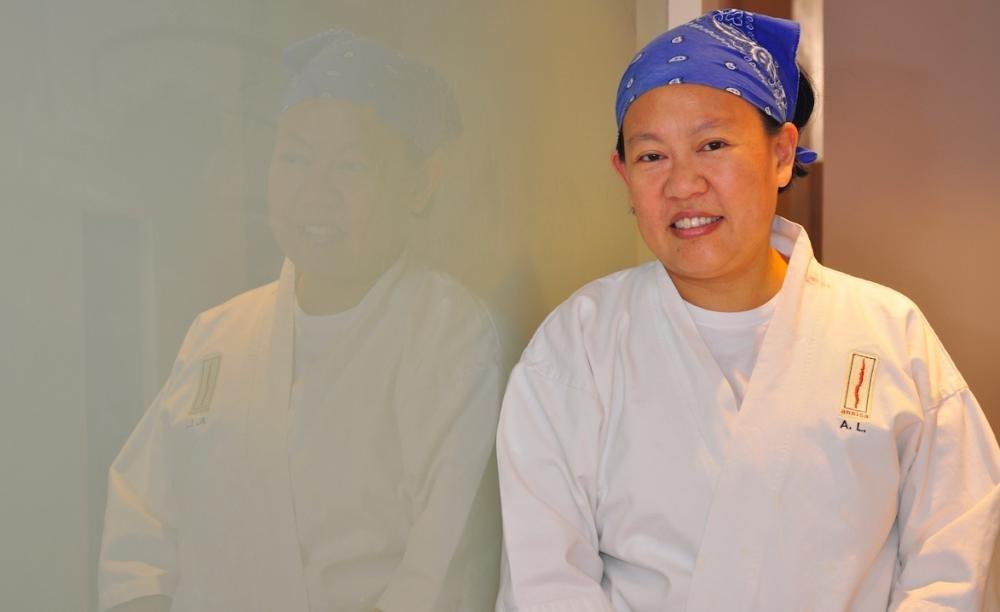Anita於2011及2018年分別出版《Cooking Without Borders》及《Solo》等暢銷書,後者更獲《Eater》、《華盛頓郵報》、《San Francisco Chronicle》、《The Atlantic》、《Epicurious》、《Grub Street》、《Newsday》及《Food52》評選為「年度最佳食譜」之一。