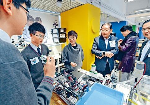 首屆「創科@大埔」下月在科學園舉行,靈糧堂劉梅軒中學學生設計智能家居裝置,展示創科成果。