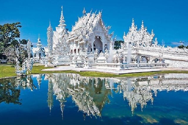 ■白廟結合了傳統和新潮的建築設計。