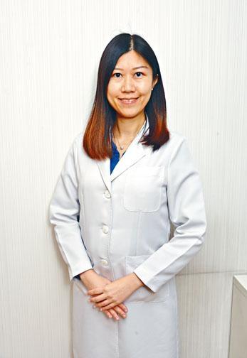 ●中醫師陸濼芙表示,團年飯要食得豐盛又健康,並不困難,花點心思便可煮出老少咸宜的健營團年菜式。