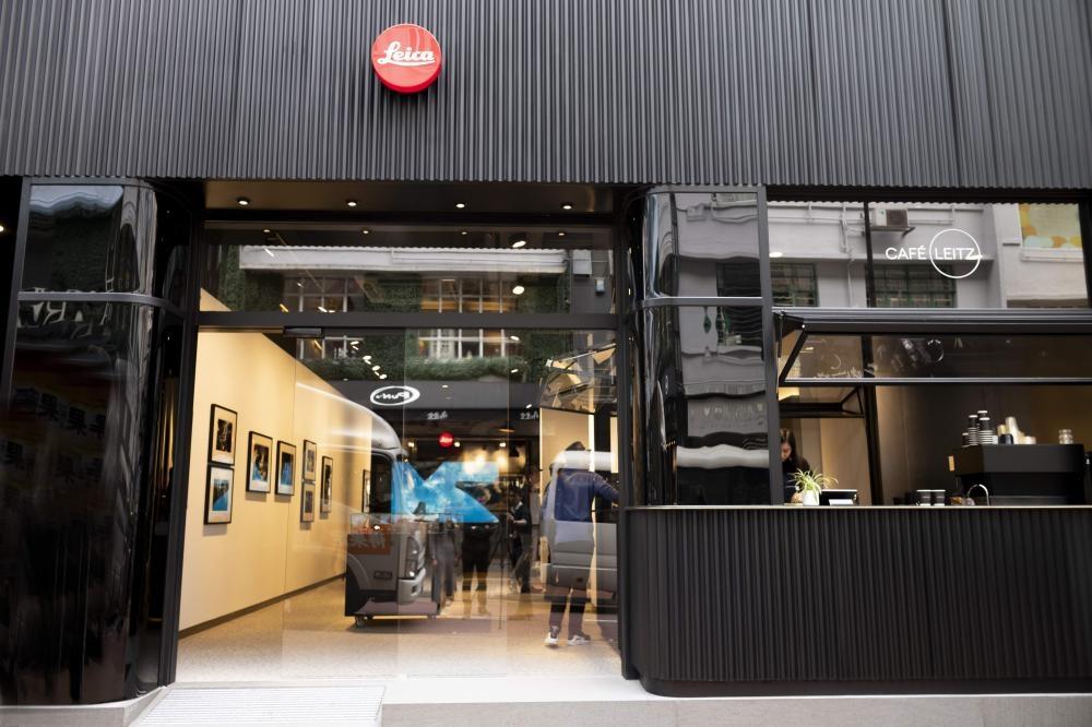 Leica銅鑼灣專賣店集相機、咖啡、精品及藝術四大元素於一店。