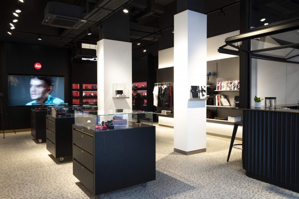 佔地1,615平方呎,簡約裝潢中融入香港文化特色。