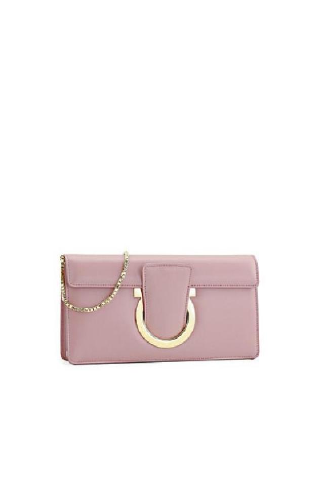 Salvatore Ferragamo  粉紅色小手袋 原價$9,700  優惠價$2,910