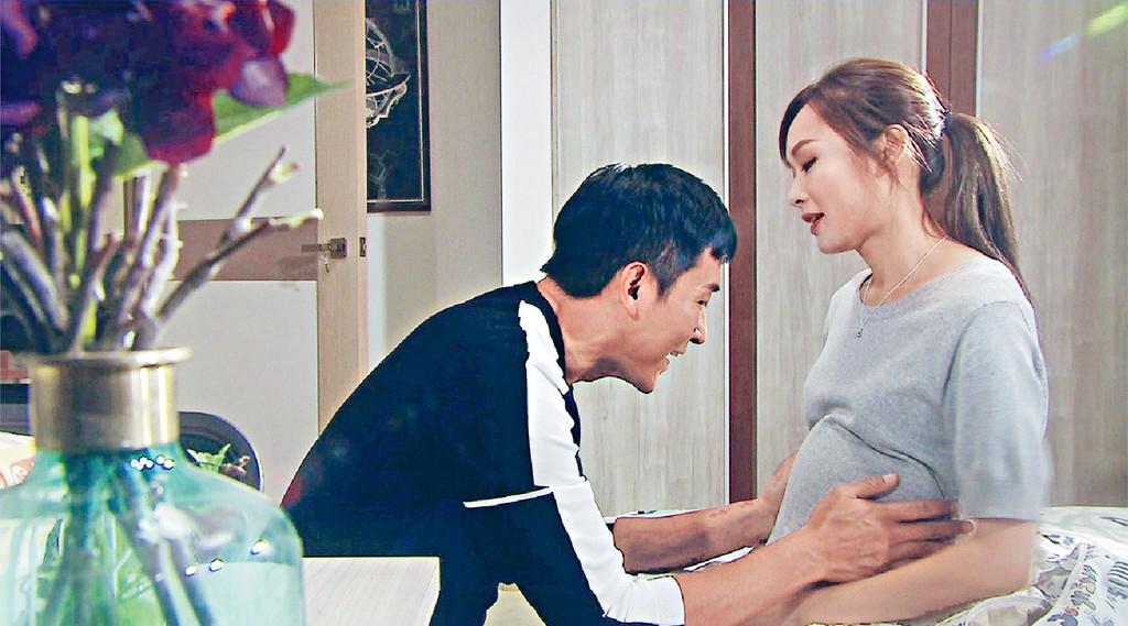 首次合作 Ali在《跳躍》中客串演馬神回憶中的亡妻,兩人初次合作已好有火花。