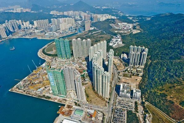 ■去年全年新樓落成量達二萬零九百多伙,創過去十四年新高。