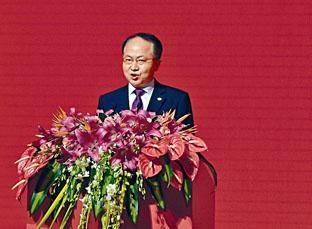 ■王志民邀請全體立法會議員在下星期二元宵佳節,往中聯辦大樓出席春茗團拜。