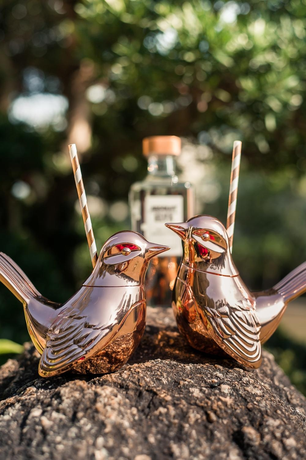 愛情鳥雞尾酒現於十間酒吧發售。