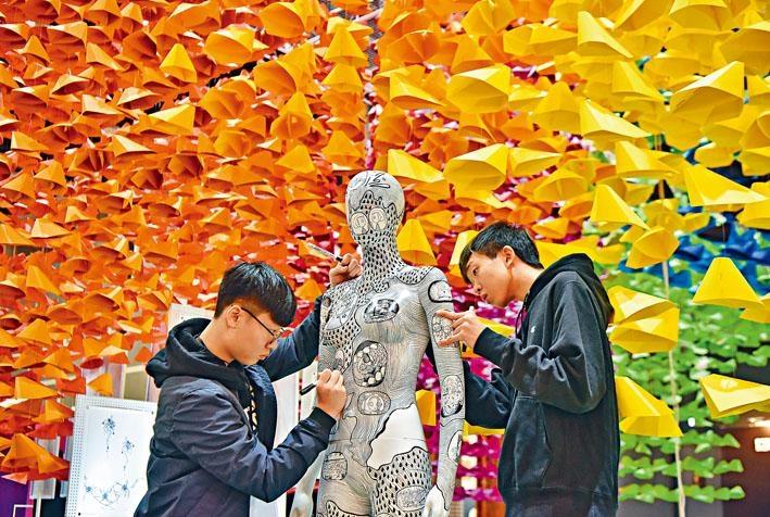 香港原是創意之都,人才不絕,但為何今天要走上創意復興之路?