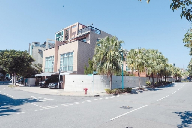 ■加州豪園近期有單號屋減價約一成後,以1450萬沽出,屬市價。