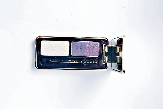 Guerlain 2-in-1 Eyes and Brow Kit  $410