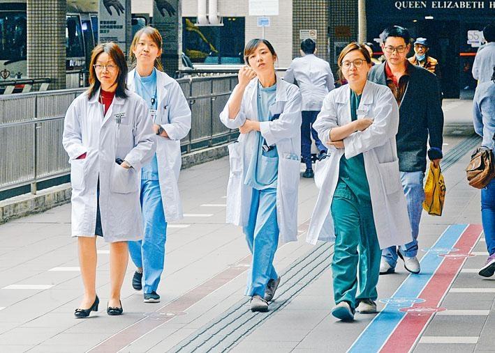 ■醫管局在二○一九至二○年度將招聘五百二十名醫生及二千二百七十名護士,以紓緩人手。