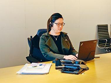 患有脊髓性肌肉萎縮症的鄧曉恩,希望日後在人力資源管理方面發展。