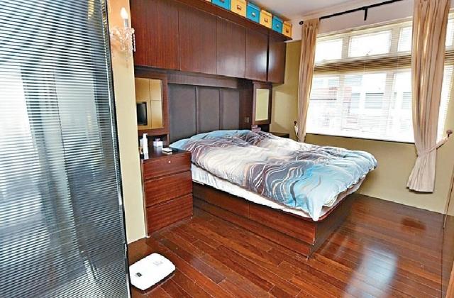 ■單位屬三房一套,房內設有偌大窗戶,讓天然陽光照入室內。