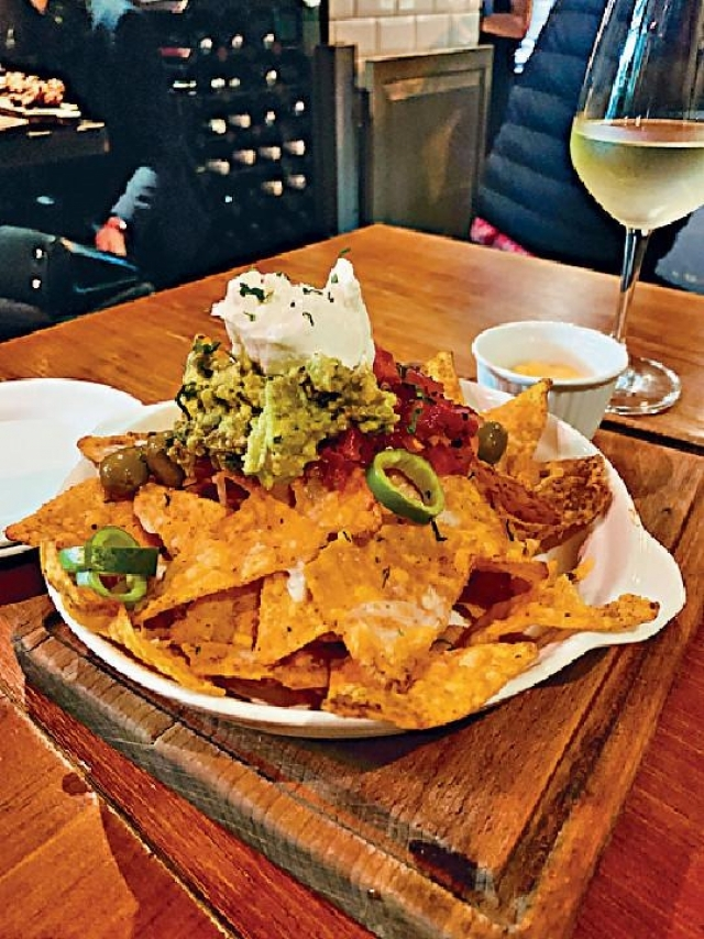 ■Corn Nachos  $88/Ted's Lookout