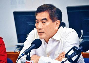 ■鍾國斌表示,不少業界在內地設廠或進行貿易,易受修例影響。