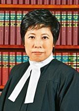 ■遭索偿的裁判官何丽明。