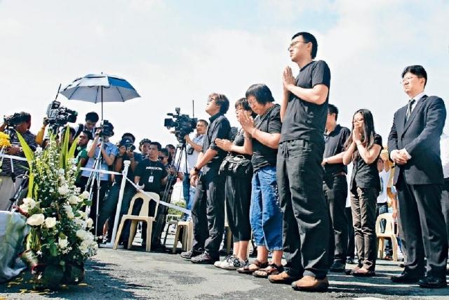 ■遇難旅行團領隊謝廷駿的胞弟謝志恆,其後與其他難屬一同向菲律賓政府交涉。