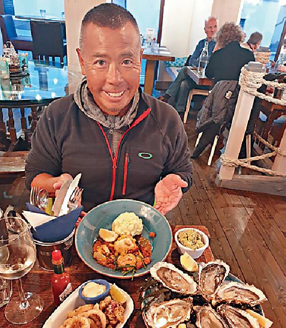 ■他在餐廳Hooked食海鮮,價錢相宜,故甚多本地人幫襯。