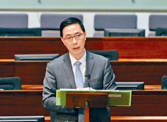 ■楊潤雄以近日被廣泛報道的一所小學為例,指當局調查遠早於傳媒報道。