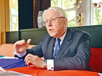 江樂士稱,以普通法控告九子沒違《歐洲人權公約》。