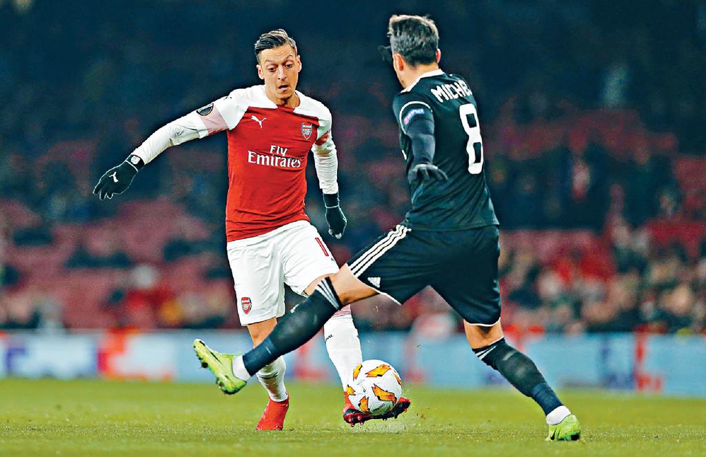 歐洲足協歐霸盃 4月18日(星期四)深夜2點55分 拿玻里對阿仙奴