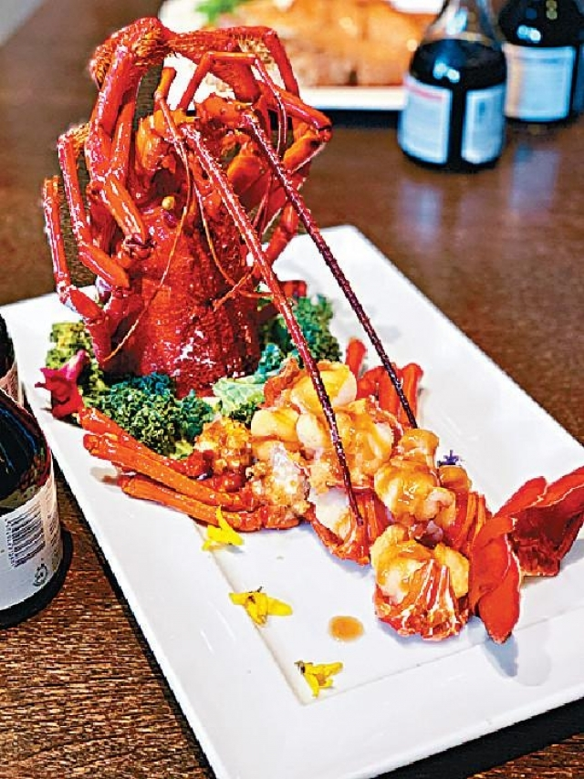 ■米芝蓮三星唐人館歐國強師傅的煎焗伊勢龍蝦,口感爽彈,惹味十足。