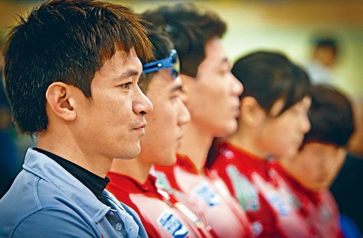 香港體壇一哥黃金寶,退役後入讀大學,發揮他運動以外的才華。