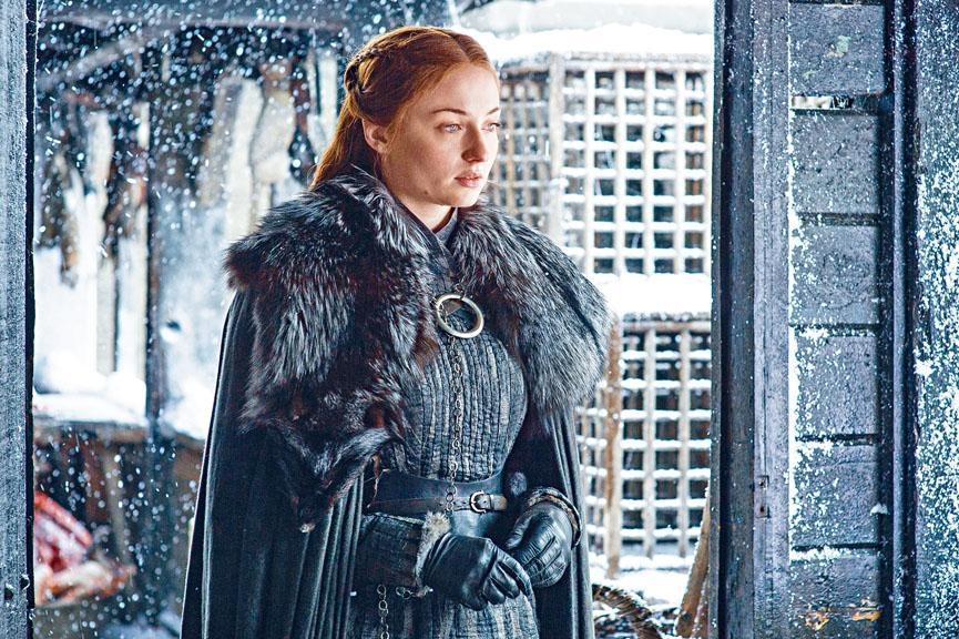 《權力遊戲》中扮演Sansa的女星Sophie Turner,表示因拍該劇令她曾想尋死。