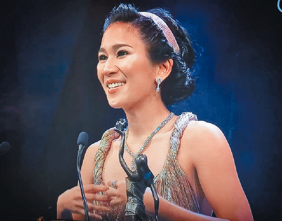 ■在剛舉行的金像獎,姬素憑《淪落人》奪得最佳新演員獎。