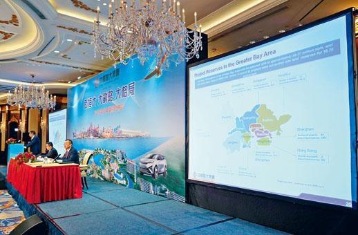 恒大、碧桂園過去兩三年密密收購,注重全國布局。