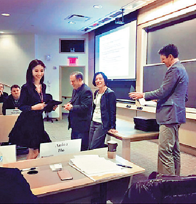 ■何倍倩在哈佛修讀課程時,經常要與同學一齊做project。