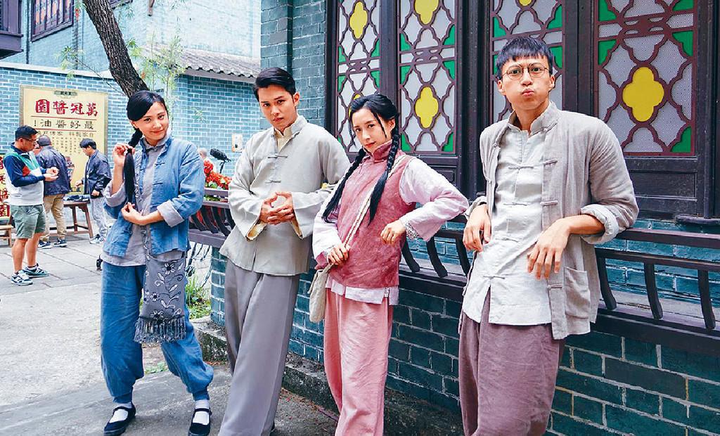 ■日前(左起)朱晨麗、何廣沛、龔嘉欣和吳業坤為新劇開工。