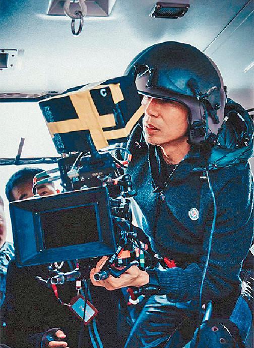 ■由於直升機載人有限制,所以林導好多鏡頭親自拍攝。