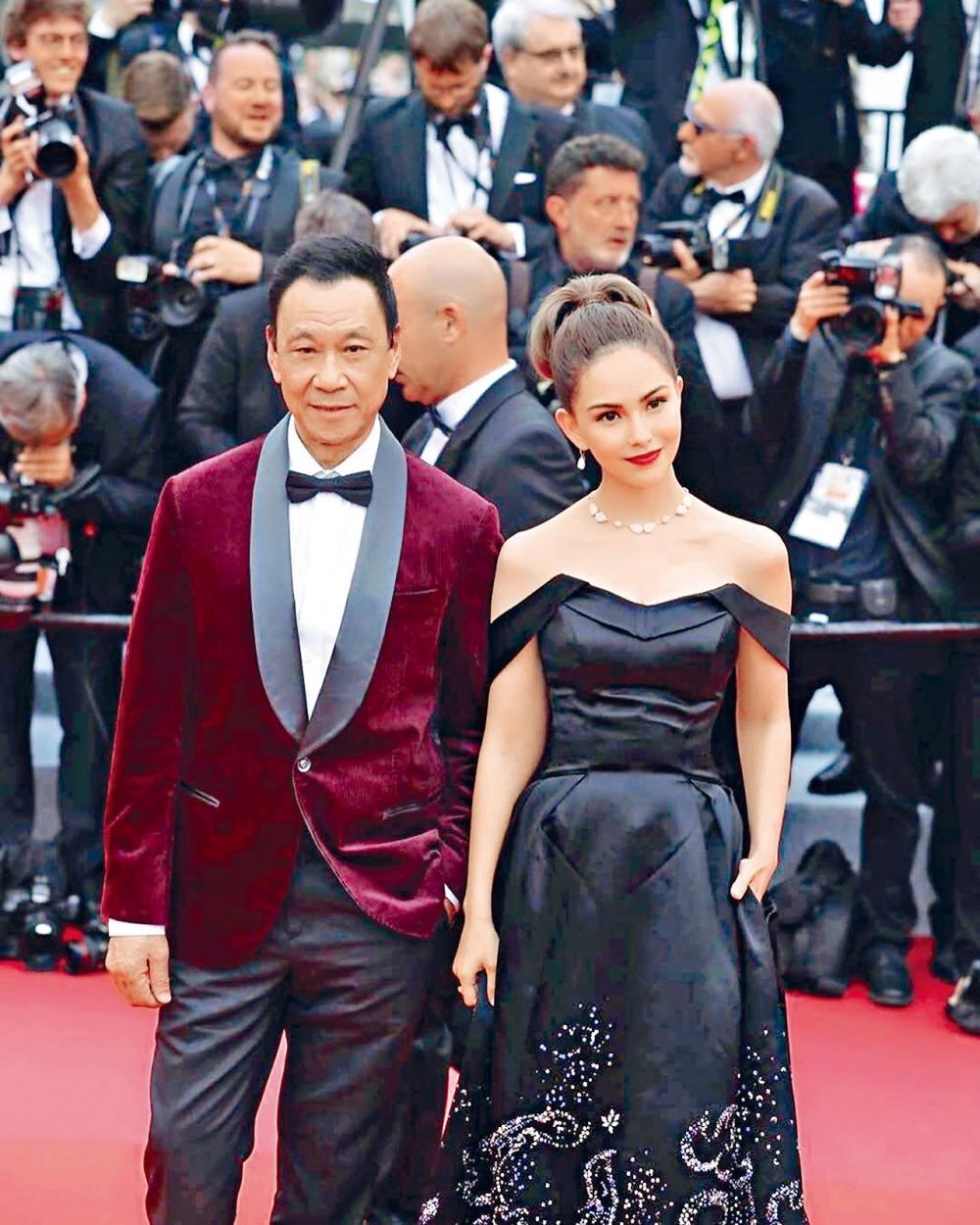 昆凌昨與王學圻為宣傳《天火》現身康城開幕禮。