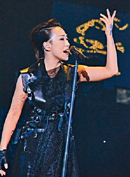 ■憶蓮入圍最佳國語女歌手,坦言要感謝挑剔的評審。